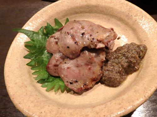 06宮崎地鶏ハツ黒胡椒焼きブラックオリーブすりつぶし