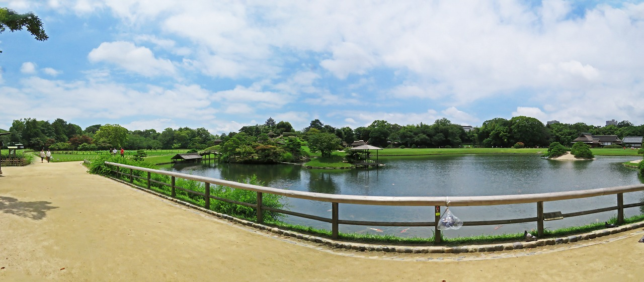 s-20150710 後楽園今日の天気回復した園内ワイド風景 (1)