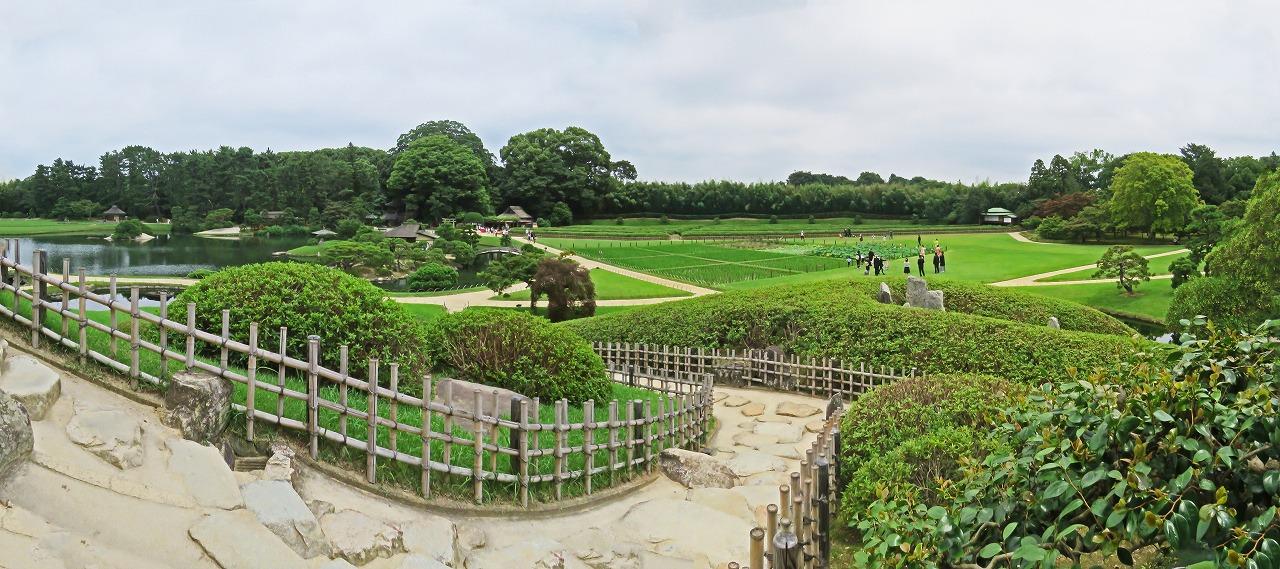 s-20150711 後楽園唯心山六角堂から眺めた今日の園内ワイド風景 (1)
