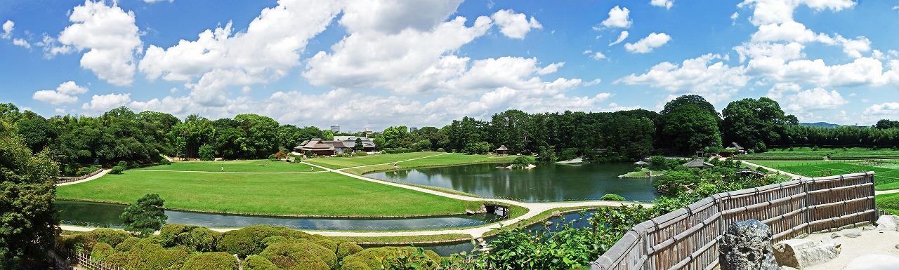 s-20150714 後楽園今日の唯心山頂上から眺めた園内ワイド風景 (1)