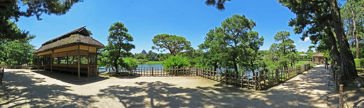 s-20150726 後楽園今日の園内観光定番位置のワイド風景 (1)