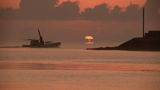 玉津港の日の出1
