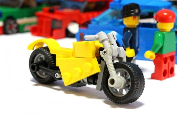 yellowbike_3.jpg