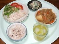 6/4 夕食 塩麹鶏ハム、肉じゃが、ほうれん草の白和え、雑穀ごはん
