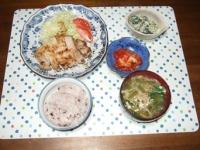 6/5 夕食 豚の塩麹ソテー、ほうれん草の白和え、キムチ、ニラ玉味噌汁、雑穀ごはん