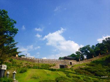 公州を守るために造られた城郭、公山城(コンサンソン)