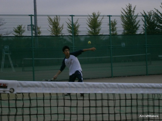tsuyoshi-tennis.jpg