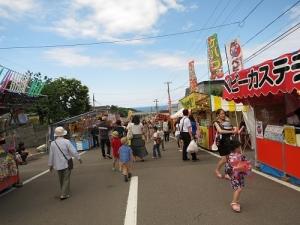 お祭りの通り