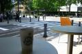 日本大通りの路上喫茶店