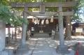 諏訪神社・鳥居と拝殿