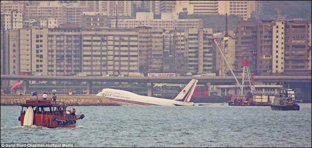 香港・啓徳空港④