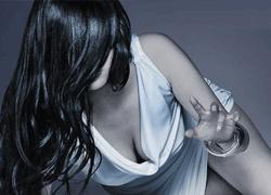 パチンコ「CR 貞子3D」で使用されている歌と曲の紹介。「深淵 / Tama」