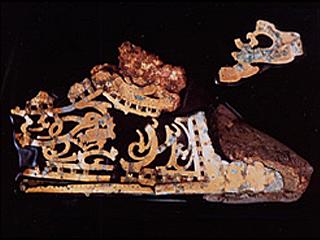 宮地嶽 金銅製龍虎紋様透かし彫り天冠