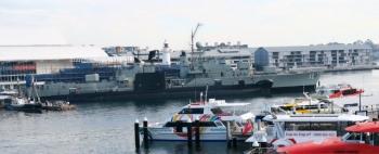 s20150614s-潜水艦オンスロー号と駆逐艦Vampire-IMG_0730