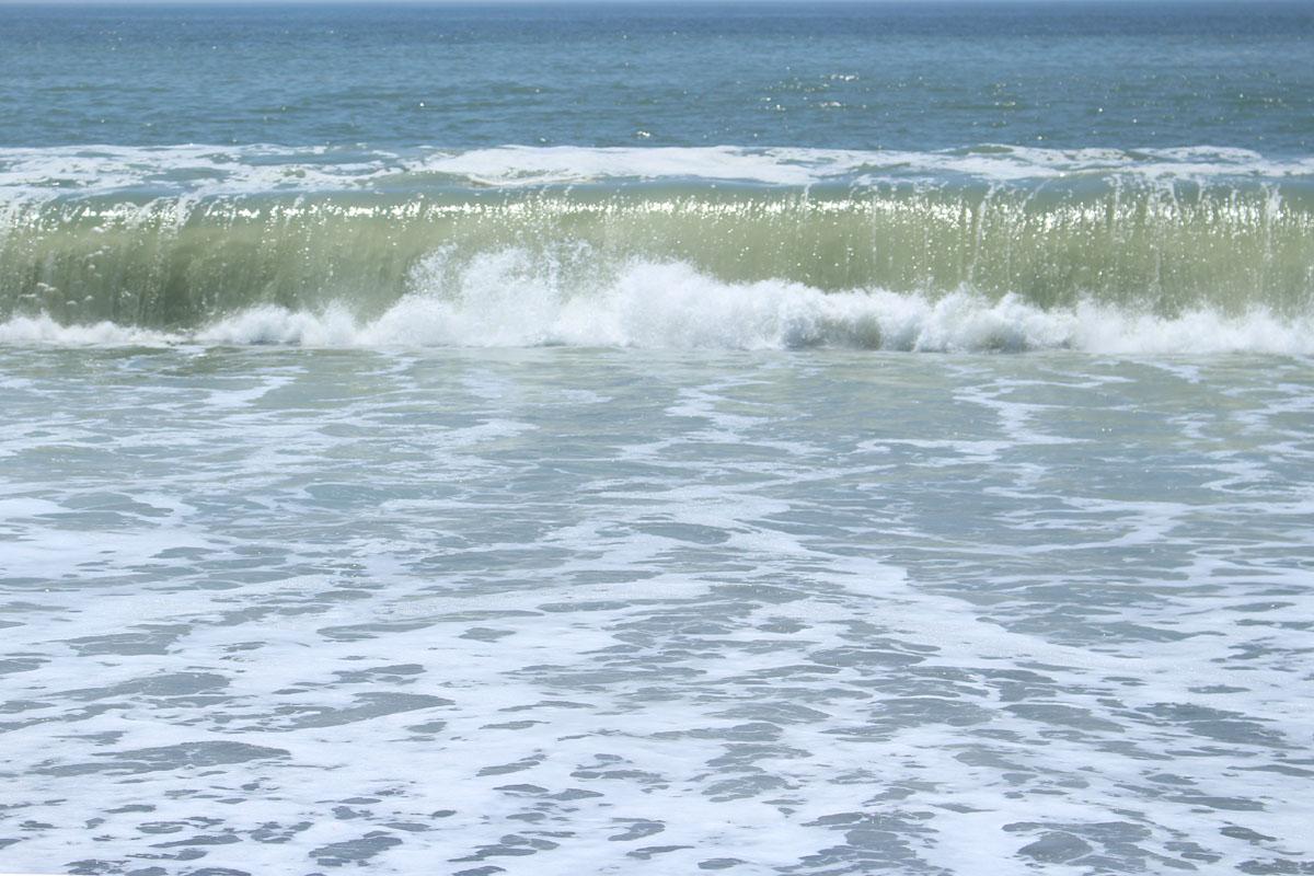 国府津海岸の波 150710
