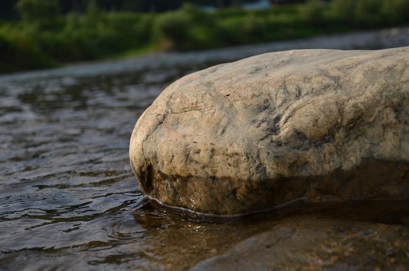 河原の石-4