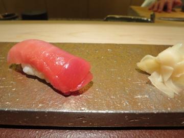 寿司10貫、こんな感じでスタートです
