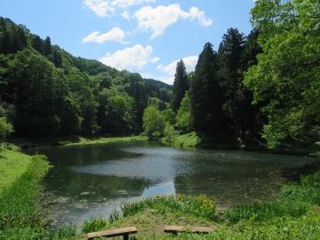 ・玉泉湖(金沢・湯涌温泉)