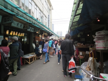 店前の通り