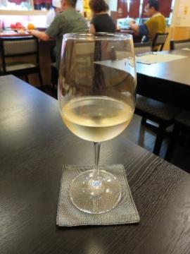 グラスワイン白 800円