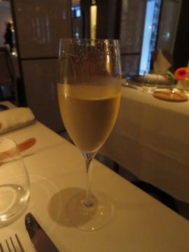 グラスシャンパン