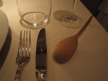 木製のバターナイフがとても気に入りました