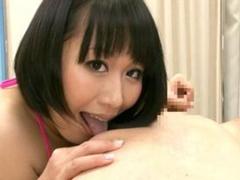 むっちりボディの爆乳痴女の乳首舐め手コキ!前田優希
