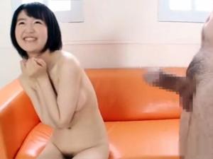 【沖野るり(夏目陽菜)】上京したての女子アナ志望女子大生の処女マンコをチェックしてデカチンのサイズを測定させます