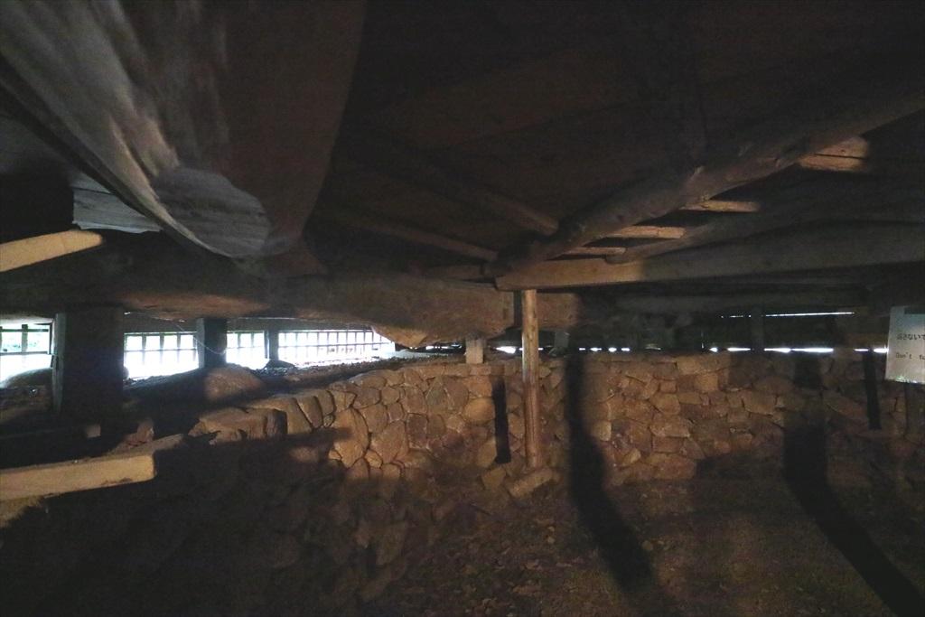 建物地下の奈落_6