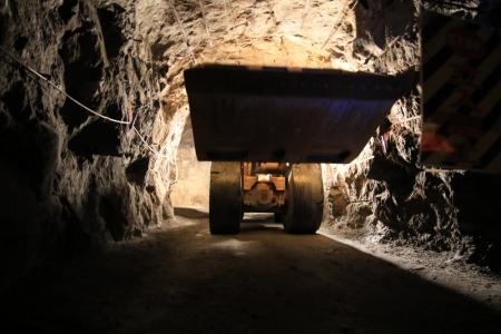 鉱山用重機3_10