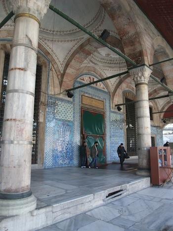 ルステムパシャモスク