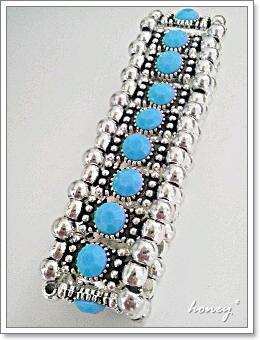 bracelet-blue2.jpg