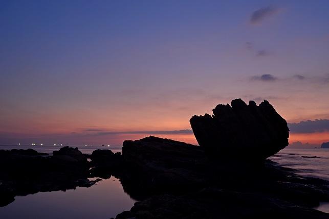 漁火が燈る海(3)
