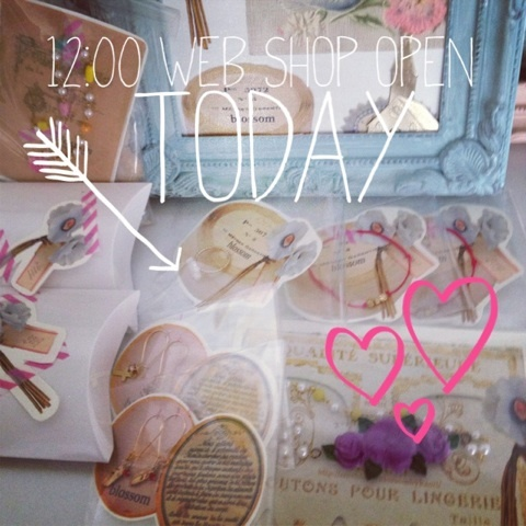 blossom ビーズ刺繍/ハンドメイドヘアアクセ/コラージュ-image