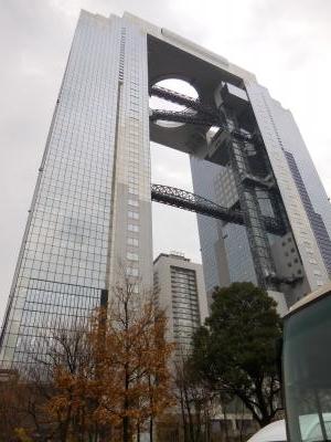 新梅田シティ
