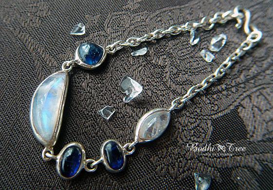 ムーンストーン&カイヤナイト Silver925 ブレスレット
