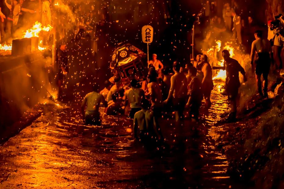 2015.07.05あばれ祭りカンノジ松明白山方神輿21