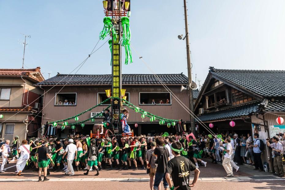 2015.08.01石崎奉燈祭の堂前乱舞3