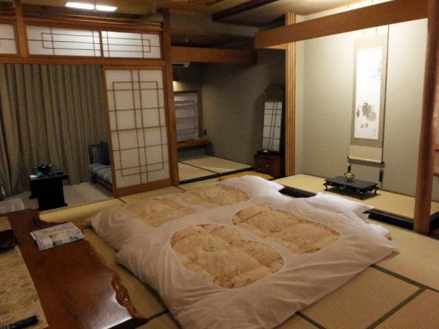 hyakurakusou0404.jpg