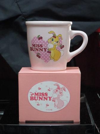 ピンク・ウサギマグカップ
