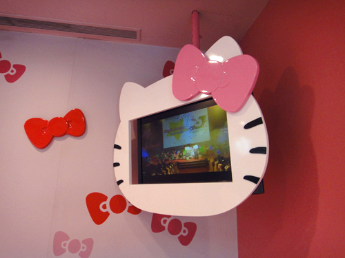 201506EVA_AIR_Hello_Kitty_Jet-6.jpg