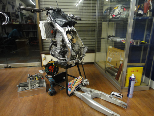 20150808CRF450_maintenance_and_modify-11.jpg