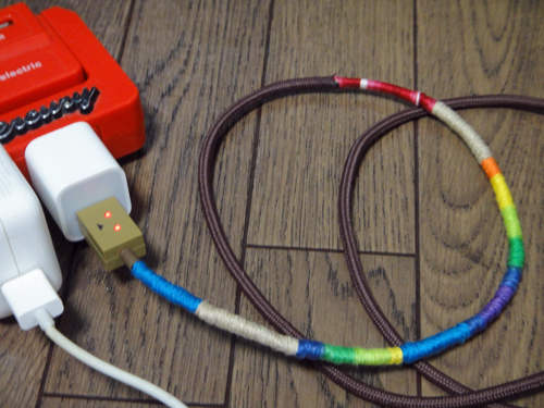 201508HandCraftHemp_iPhone_BatteryCable-6.jpg