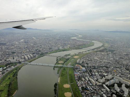 2015Senri_River_Aircraft-HND_ITM-4.jpg