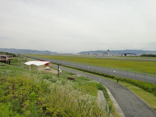 2015Senri_River_Aircraft-ITM_skypark-2.jpg