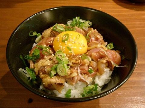 鶏と炭・H26・11 地鶏卵の生親子丼