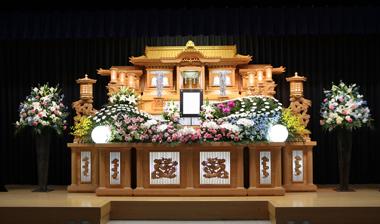 ピンクのカーネとトルコの入った花祭壇「愛」3131