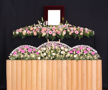 ピンクの可愛い花祭壇1058