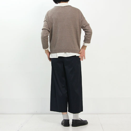 evameva (エヴァムエヴァ) Cotton squuare shirt