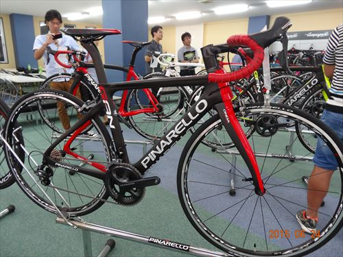 2016-pinarello-GAN RS-blackred
